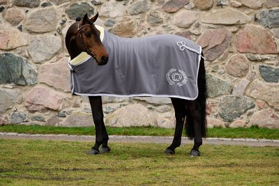 Ps of Sweden Charcoal fleece deken